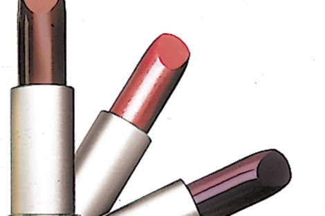 La nueva normativa incluye productos de maquillaje, perfumes y cremas. | EL MUNDO