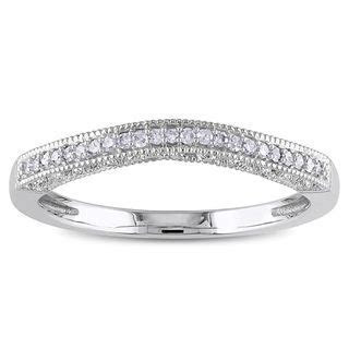 Best 25  Curved wedding band ideas on Pinterest   Pear