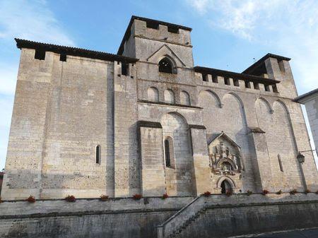 Eglise_romane_de_Grand_Brassac