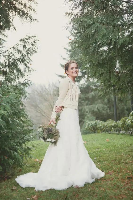 neutral gemütliche Strickjacke mit einem Muster für einen eleganten und stilvollen look