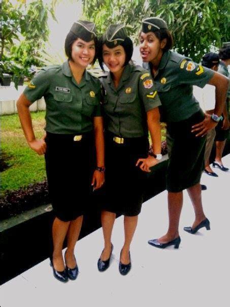 duhh cantiknya tentara tentara