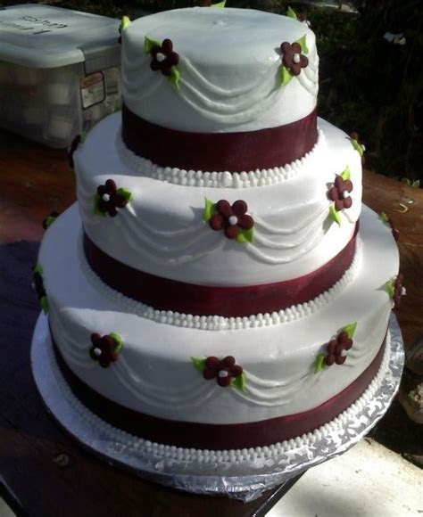 Burgundy Wedding Cake   wedding cake ideas   Pinterest