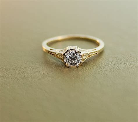 Antique Diamond Engagement Ring 15K Yellow Gold and Diamond