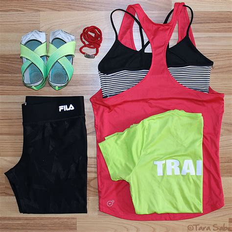 daily dose  fit  week  workout clothes dishthefit
