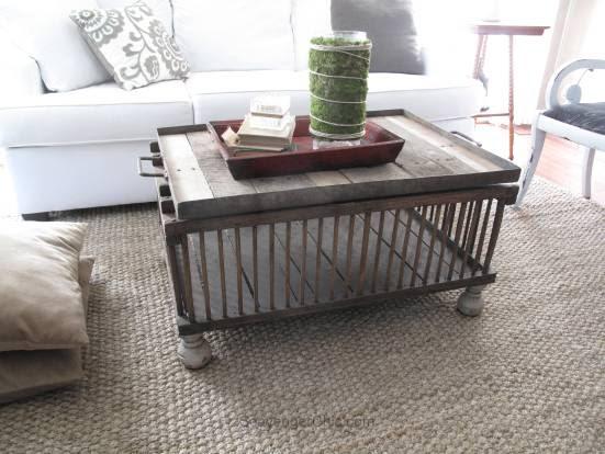 Easy Chicken Coop/Crate Coffee Table diy