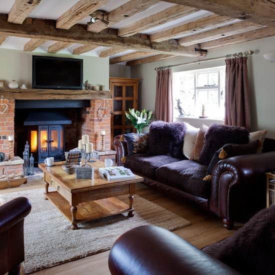 Purple and wood country living room | housetohome.co.uk