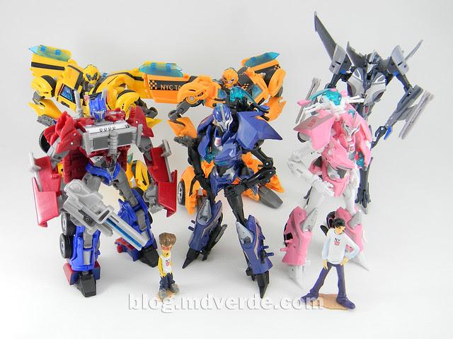 Transformers Arcee Deluxe - Prime First Edition - modo robot vs otros Prime