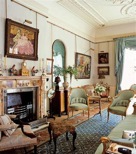 the Lancaster Room of Clarence House   The Enchanted Manor