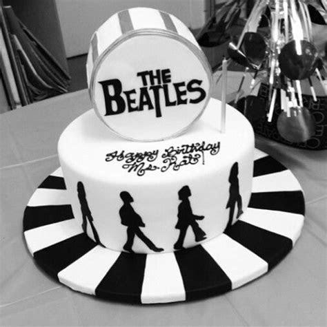 Best 25  Beatles cake ideas on Pinterest   Beatles