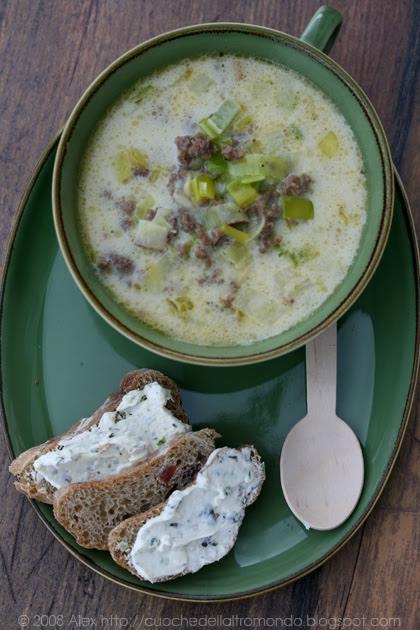Zuppa di porri e carne macinata