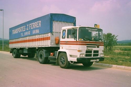 Pegaso 260 dedicat a transportar peces tèxtils
