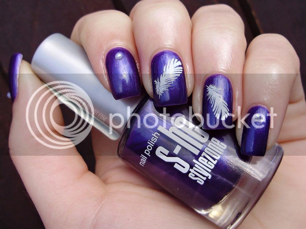 photo purple_feather_nails_4_zpsvzvpkzuf.jpg