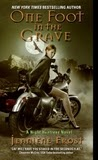 Review: One Foot in the Grave (Jeaniene Frost)