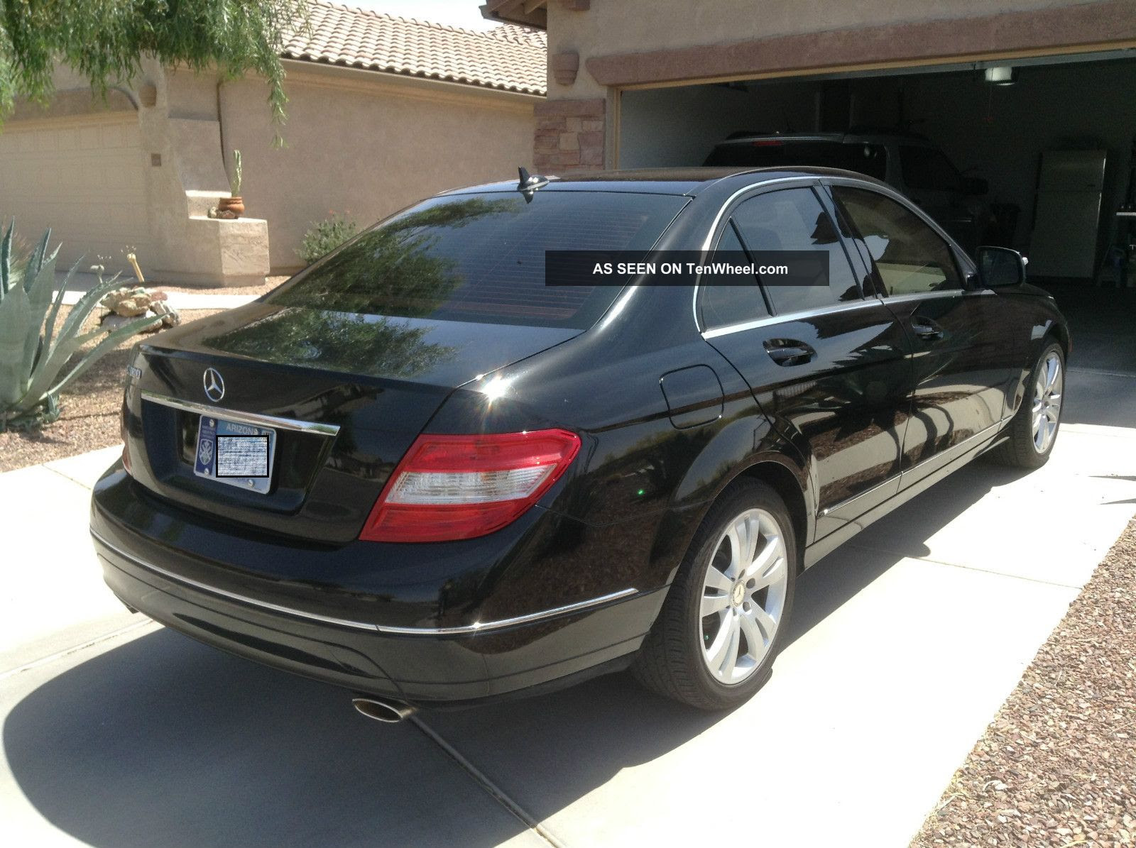 2008 Mercedes - Benz C300 Luxury Sedan 4 - Door 3. 0l