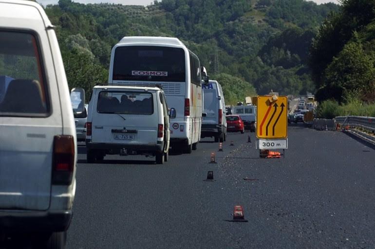 La vera storia della multa da 705 euro se guidi l'auto di un altro