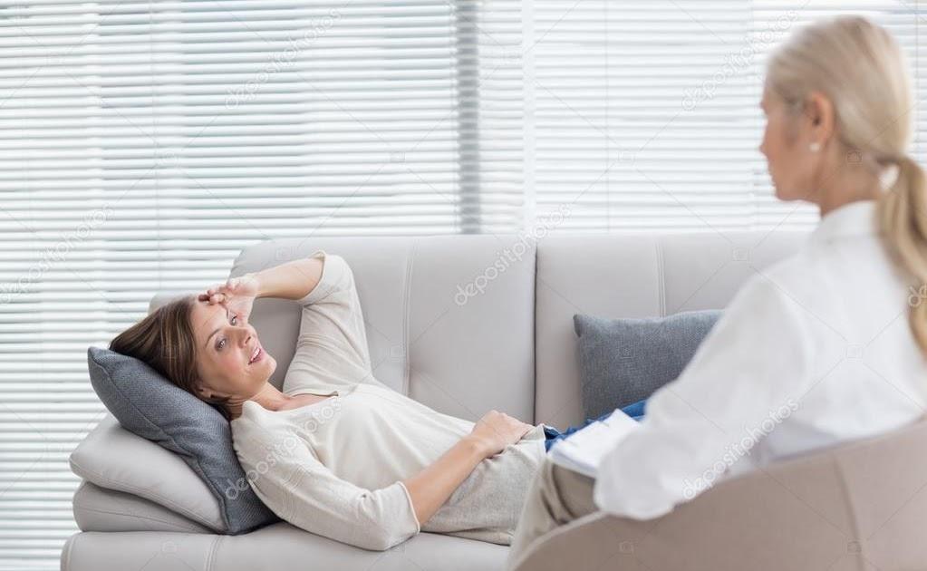 Schwangerer Teen Masturbiert Auf Sofa