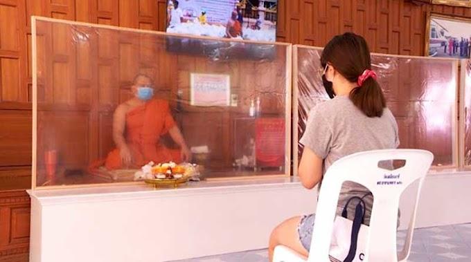 Buddhis Thailand Rayakan Asalha dengan New Normal oleh - ajaranbuddha.xyz