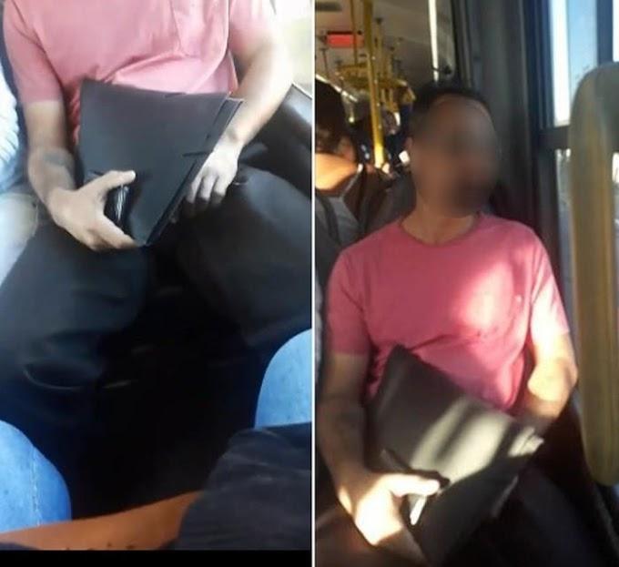 """""""TARADO"""" - Mulher filma passageiro se masturbando dentro de ônibus coletivo"""