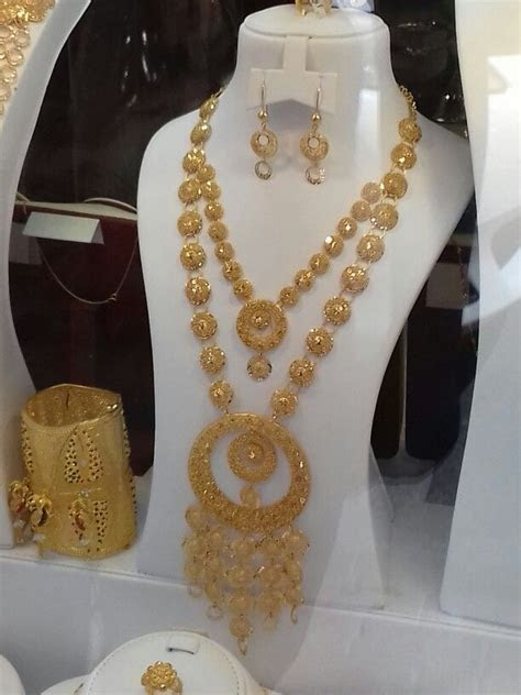 Bahrain design   Bahrain gold design   Pinterest   Gold