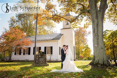 Armstrong Chapel United Methodist Cincinnati wedding Drees