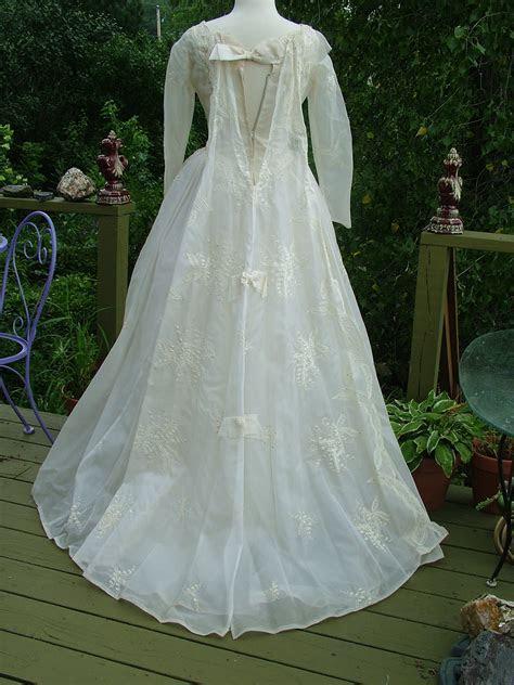 Vintage 1950s embroidered organdy wedding dress Bridal