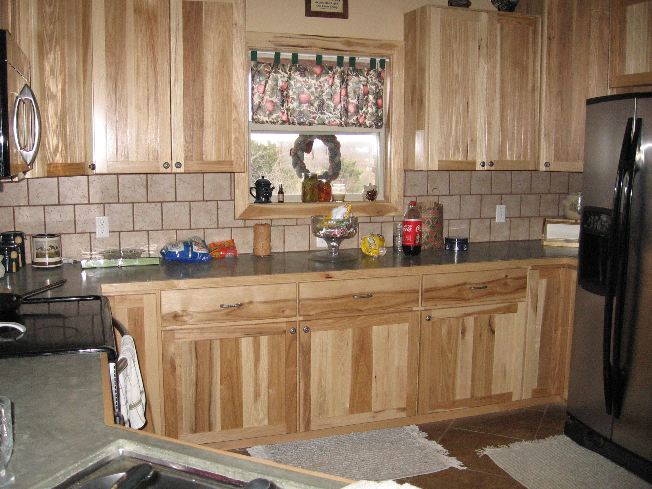 Slideshow For Album Natural Hickory Kitchen Cabinets Click On The Picture To See More Pictures Within This Album