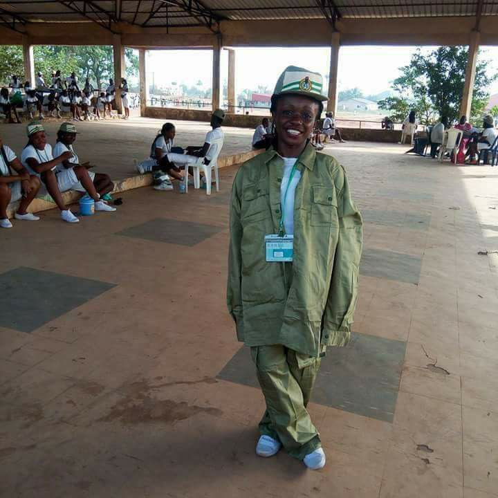 Female Corper Rocks Her Oversized NYSC Kit. Photo