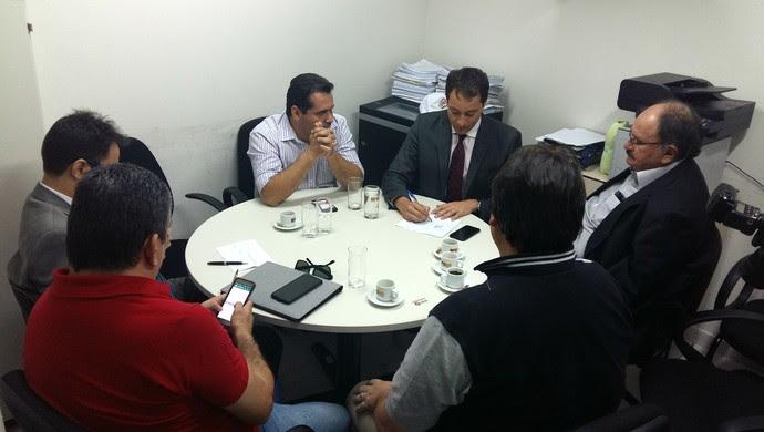 RN - Reunião Ministério Público - ABC - América-RN - FNF (Foto: Jocaff Souza/GloboEsporte.com)