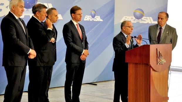 El canciller Faurie, con sus pares latinoamericanas y el comisionado europeo Katainen