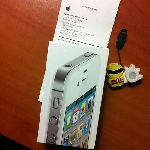 iPhone4S、SIMフリー版!!
