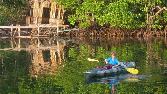 X solo kayaking, Koh Kut