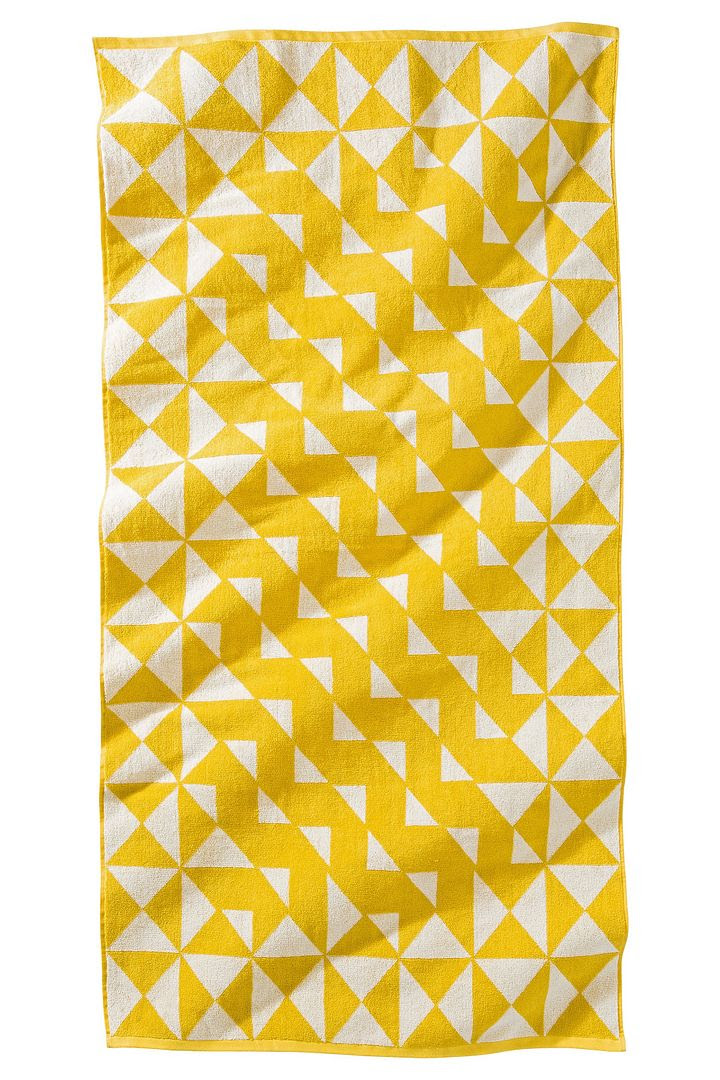 Nate Berkus Optical Beach Towel