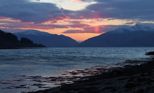 Sunset over Ardgour Mountains by jaggystu71