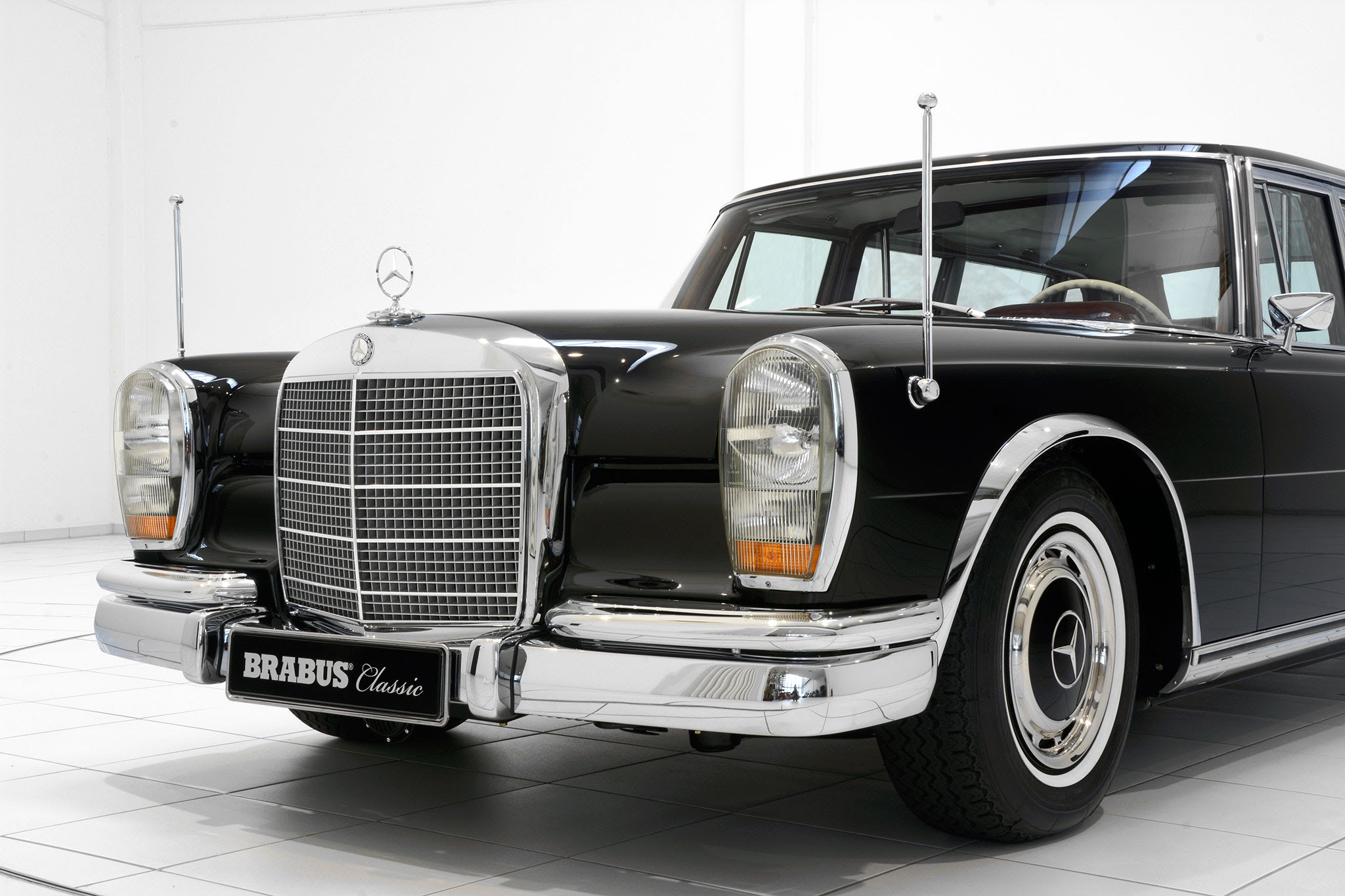 Brabus Promotes Classic Services with Restored Mercedes ...