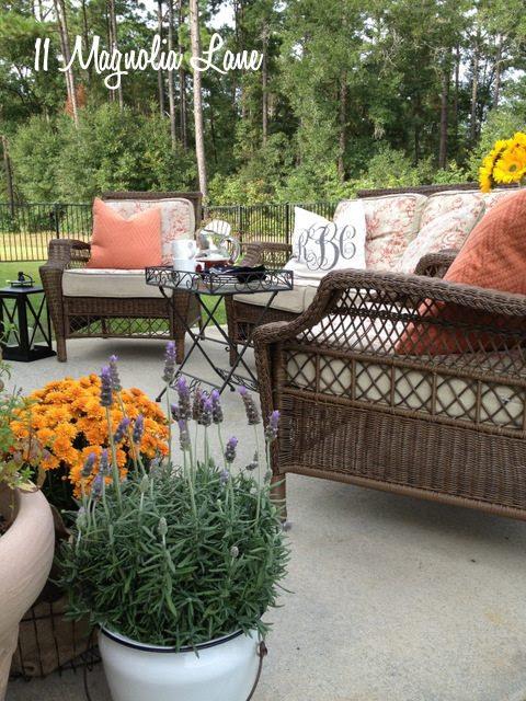 patio conversation seating area