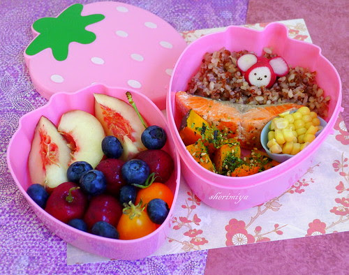 Salmon and Mouse Bento by sherimiya ♥