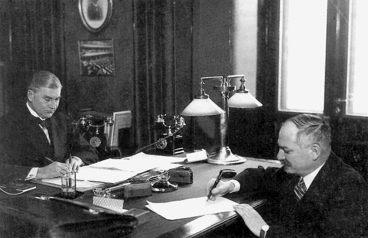 File:Soviet-finnish-nonaggression-pact-1932.png