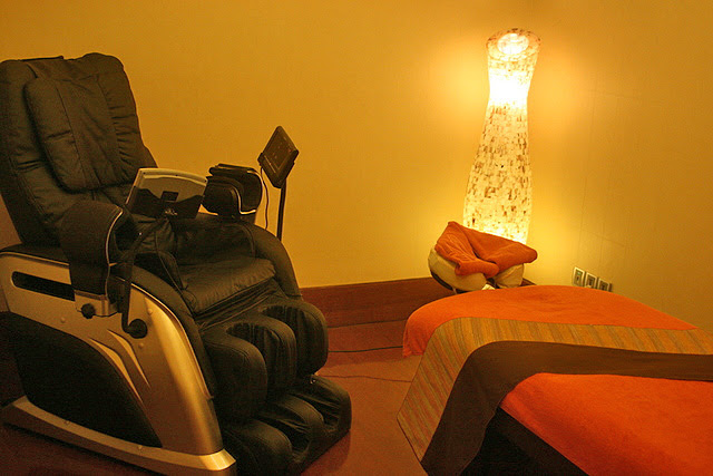 A room dedicated to massage!