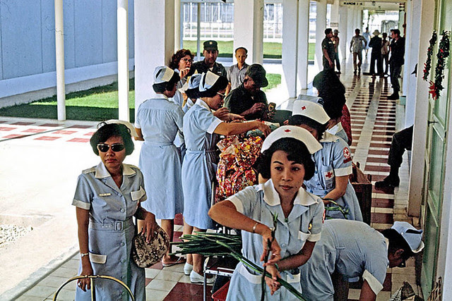 Vietnamese Red Cross workers