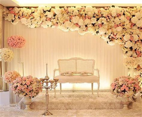 Seriously classy look for the stage on your Reception   MY