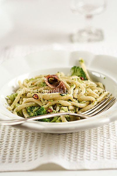 pici-broccoli-e-alici