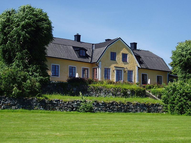 Bona gård i juni 2012