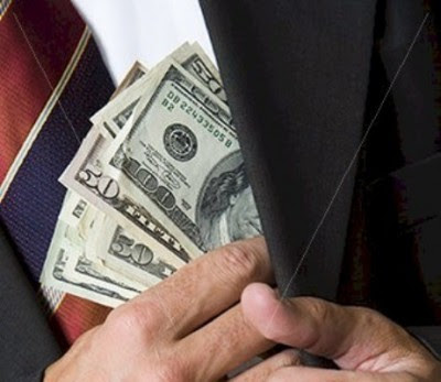 Bloco quer criminalizar o enriquecimento ilícito e um maior controlo público da riqueza dos titulares de cargos públicos.