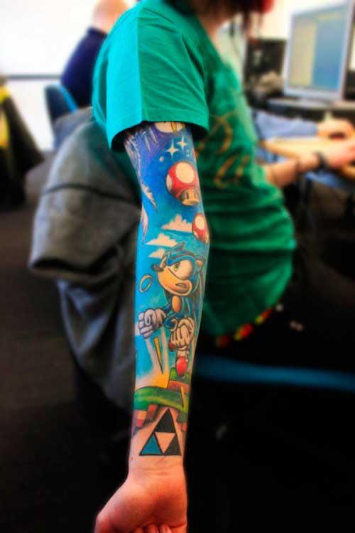 13 Increíbles Tatuajes Geek De Brazo Completo Geekaliacom