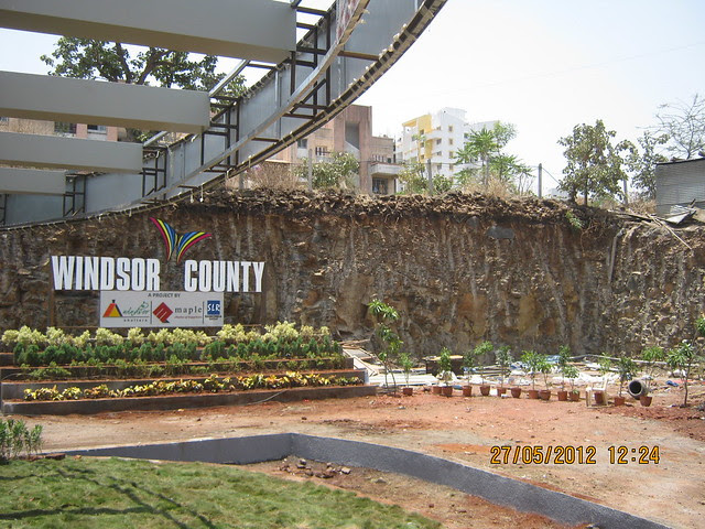 Cutting the hill - Visit Windsor County, 1 BHK 2 BHK & 3 BHK Flats near Reelicon Garden Grove, Datta Nagar, Ambegaon Budruk, Pune 411046