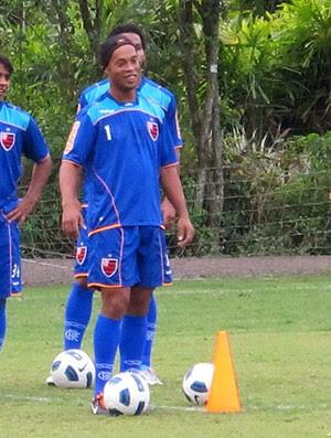 Ronaldinho Gaúcho no treino do Flamengo (Foto: Gustavo Rotstein / GLOBOESPORTE.COM)