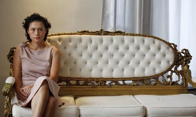 Un magnate de Hong Kong ofrece 50 millones al hombre que se case con su hija lesbiana