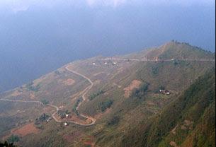 Hà Giang, đường lên trại Cổng Trời, quanh năm sương mù. Google earth-Chinh Nghia