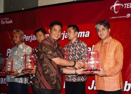 Telkomsel Makin Dekat dengan Segmen Korporasi Java Pulsa Online Murah Jember Surabaya Jawa Timur