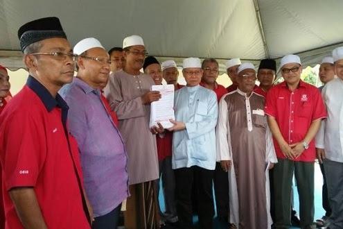 'Mengapa terima kemasukan ahli? Umno - Pas mahu gabung'